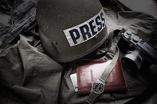 photo War-press-helmet.jpg
