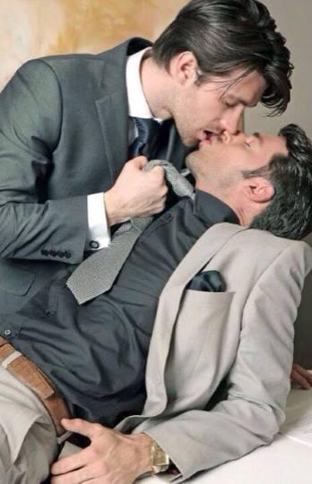 Gay Eşcinsel Gay Arkadaş Gey sohbet Biseksüel Lezbiyen
