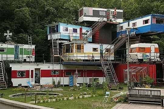 redneck funny photo: redneck condos redneck-mansion.jpg
