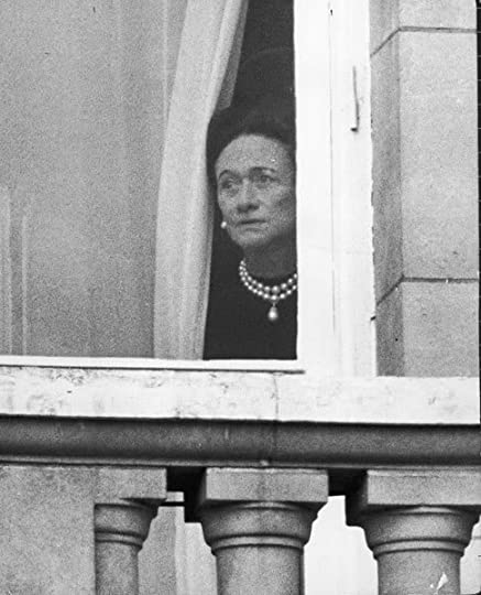 photo Duchess of Windsor alone_zpshcqqfec0.jpg