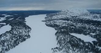photo Alaskan-wilderness--dweekly-flickr_zpsd79g6p6a.jpg
