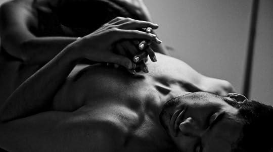 photo bed-black-and-white-couple-man-woman-favim-com-316595_zpsepwcrnxr.jpg