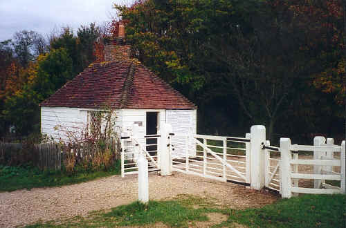 photo toll_cottage.jpg