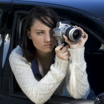 female private investigator: