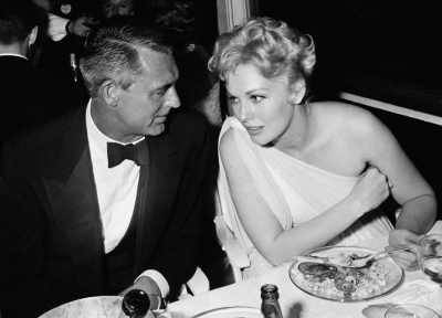 photo Cary Grant amp Kim Novak_zpsuh3tdnr4.jpg