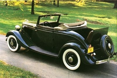 photo ford-deluxe-roadster-1934.jpg