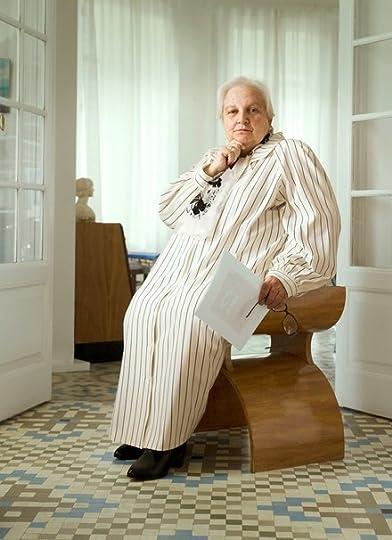 8166fd46bc915 سوف تعرف كاريمان بالسيلز دومًا بأنها الوكيلة التي مثلت كاتب مائة عام من  العزلة. التقت معها في برشلونة، مع فهمها بأنها ستكون الشخص الذي، يتكلم بصفة  عنوان ...