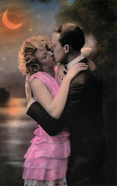 1920's Couple Kissing