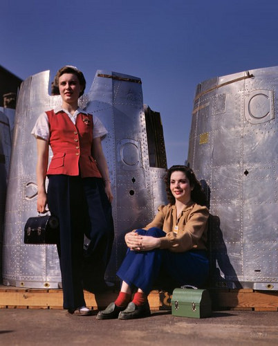October-1942-Two-assembly-line-workers-at-the-Long-Beach-California-by-Alfred-Palmer-for-the-Office-of-Wa