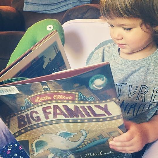 https://thebabybookwormblog.wordpress.com/2017/06/07/little-elliot-big-family-mike-curato/