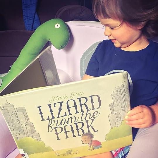https://thebabybookwormblog.wordpress.com/2017/06/02/lizard-from-the-park-mark-pett/
