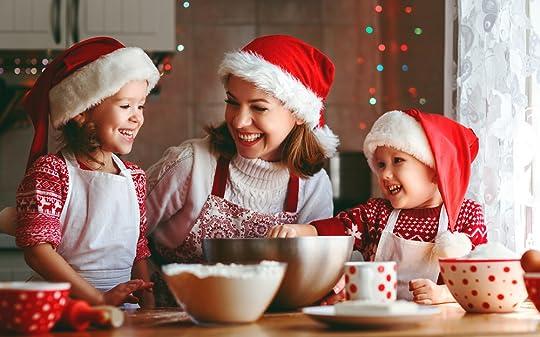 christmasmomkidscookies.jpg