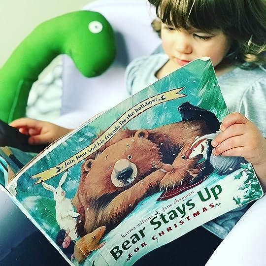 https://thebabybookwormblog.wordpress.com/2017/12/24/bear-stays-up-for-christmas-karma-wilson-jane-chapman/