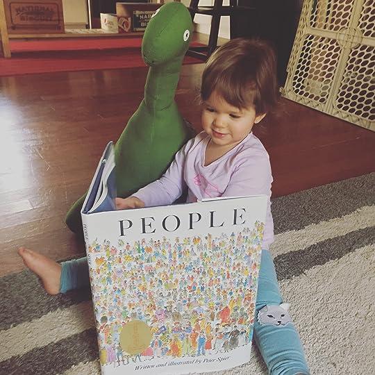https://thebabybookwormblog.wordpress.com/2017/01/27/people-peter-spier/