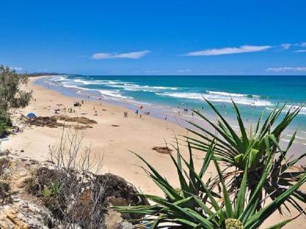 photo coolum-beach-australia-1_zpshvfjqwrt.jpg