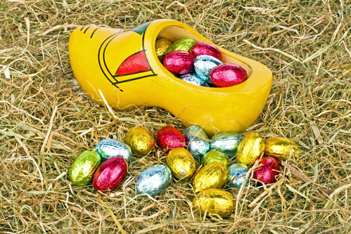 clog_with_easter_eggs