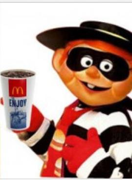 336dc11ad هذه قصة صالحة لمحبي مطعم ماكدونالد ..و كارهي مطعم مكادونالدز ايضا 😁ا قصة  تؤكد ان الليل واحد و الحرامية ...