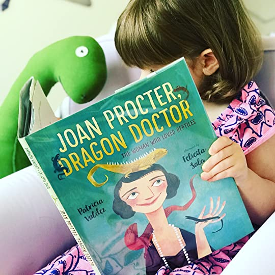 https://thebabybookwormblog.wordpress.com/2018/05/03/joan-proctor-dragon-doctor-the-woman-who-loved-reptiles-patricia-valdez/