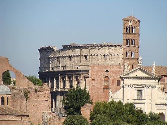 118_-_Colosseum_vanaf_Capitool