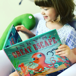 https://thebabybookwormblog.wordpress.com/2018/08/27/inkys-great-escape-the-incredible-and-mostly-true-story-of-an-octopus-escape-casey-lyall/