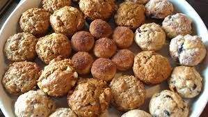 lots of muffins