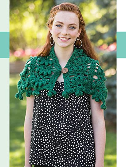 98487cc6b00ad Très Chic Neck Warmer  Capelet  Neckwarmer by https   www.ravelry.com  patterns library tres-chic-neck-warmer · Mary Jane Hall.