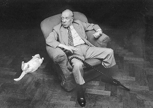 photo Jorge-Luis-Borges with cat_zpsyd1f1ee2.jpg