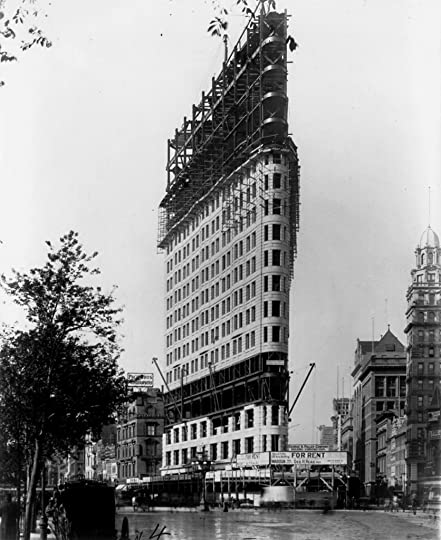 photo Flatiron_Building_under_construction_II_New_York_City_1902Flatiron Building at the time still called the Fuller Building in _zpsbjnxjdxx.jpg