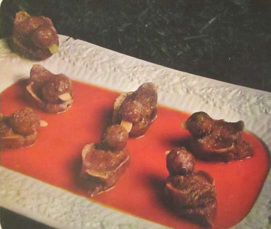 1970s Canapes
