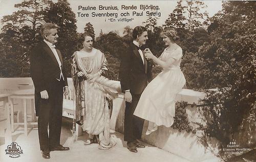Pauline Brunius, Tore Svennberg, Renée Björling, Paul Seelig in En vildfagel (1921)