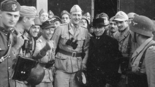 photo Mussolini_zpsnwzhslnp.jpg