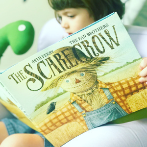 https://thebabybookwormblog.wordpress.com/2019/09/05/the-scarecrow-beth-ferry/