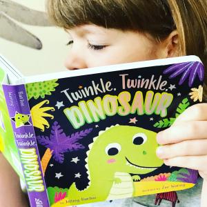 https://thebabybookwormblog.wordpress.com/2019/06/17/twinkle-twinkle-dinosaur-jeffrey-burton/