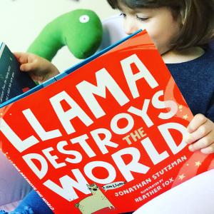 https://thebabybookwormblog.wordpress.com/2019/06/12/llama-destroys-the-world-jonathan-stutzman/