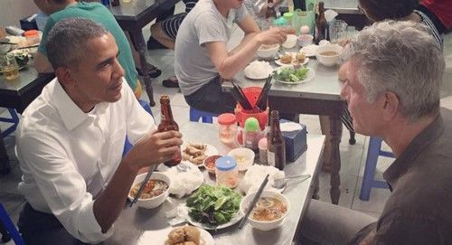 photo Obama Bourdain_zpsawstxvpp.jpg