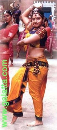 Nusanthara Sexy Navel Of Old Indian Actress Soundarya Showing 1 1 Of 1
