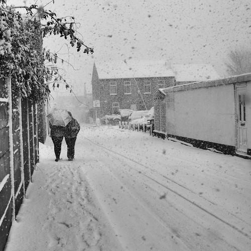 Snow in London suburbs
