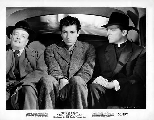 Farley Granger and Dana Andrews in Edge of Doom (1950)