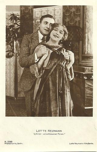 Lotte Neumann in Hinter verschlossenen Türen (1917)