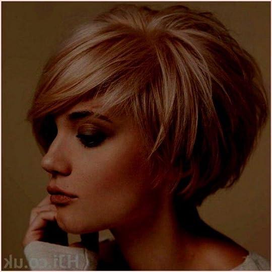 Kurz haare hinten vorne lang Frauen Frisuren