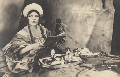 Renee Adoree in La Boheme (1926)