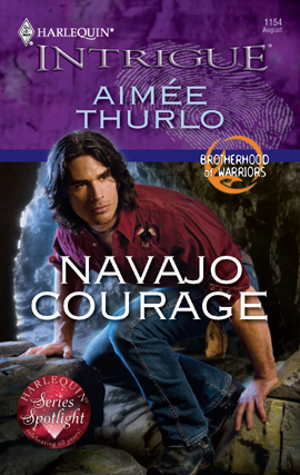 Navajo Courage (Brotherhood of Warriors, #4)  by  Aimée Thurlo