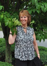 Linda Pestana: Voices of the Heart Linda Lambert Pestana