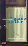 Het piano-atelier  by  Thad Carhart