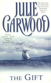 The Gift (Crowns Spies, #3) Julie Garwood