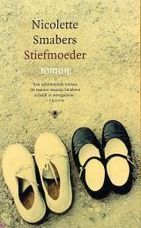 Stiefmoeder  by  Nicolette Smabers