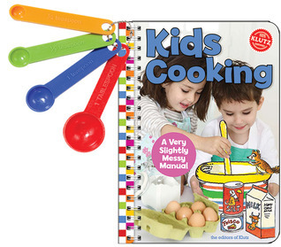 Kids Cooking: A Very Slightly Messy Manual Klutz
