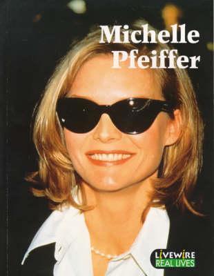 Michelle Pfeiffer Julia Holt