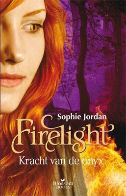De kracht van de onyx (Firelight, #3)  by  Sophie Jordan