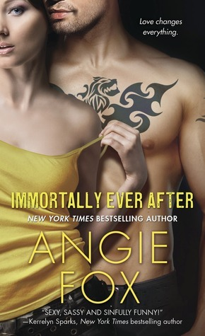 Immortally Ever After (Monster M*A*S*H, #3) Angie Fox